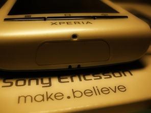 Sony Ericsson Xperia X8 (3)
