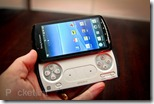 sony-ericsson-xperia-play-official-6