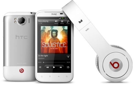 HTC Sensation XL и наушники от Beats Audio
