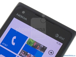 Nokia-Lumia-900-Review-17