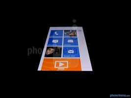 Nokia-Lumia-900-Review-20-screen
