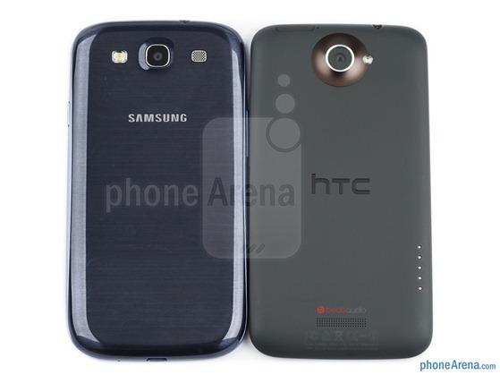Samsung-Galaxy-S-III-vs-HTC-One-X-02