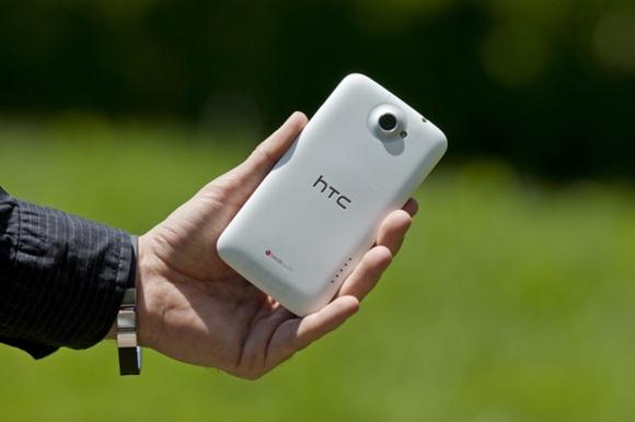 Флагманский коммуникатор HTC One X