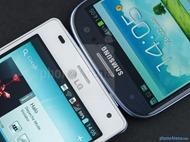 LG-Optimus-4X-HD-vs-Samsung-Galaxy-S-III-05