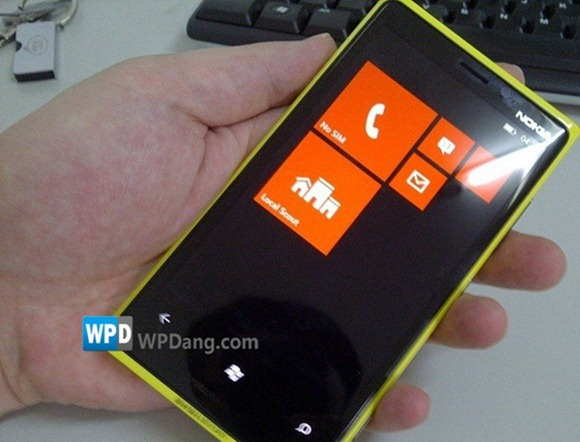 NEW Nokia WP Device